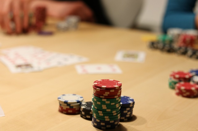 How To Use Advanced Poker Skills To Win Online?