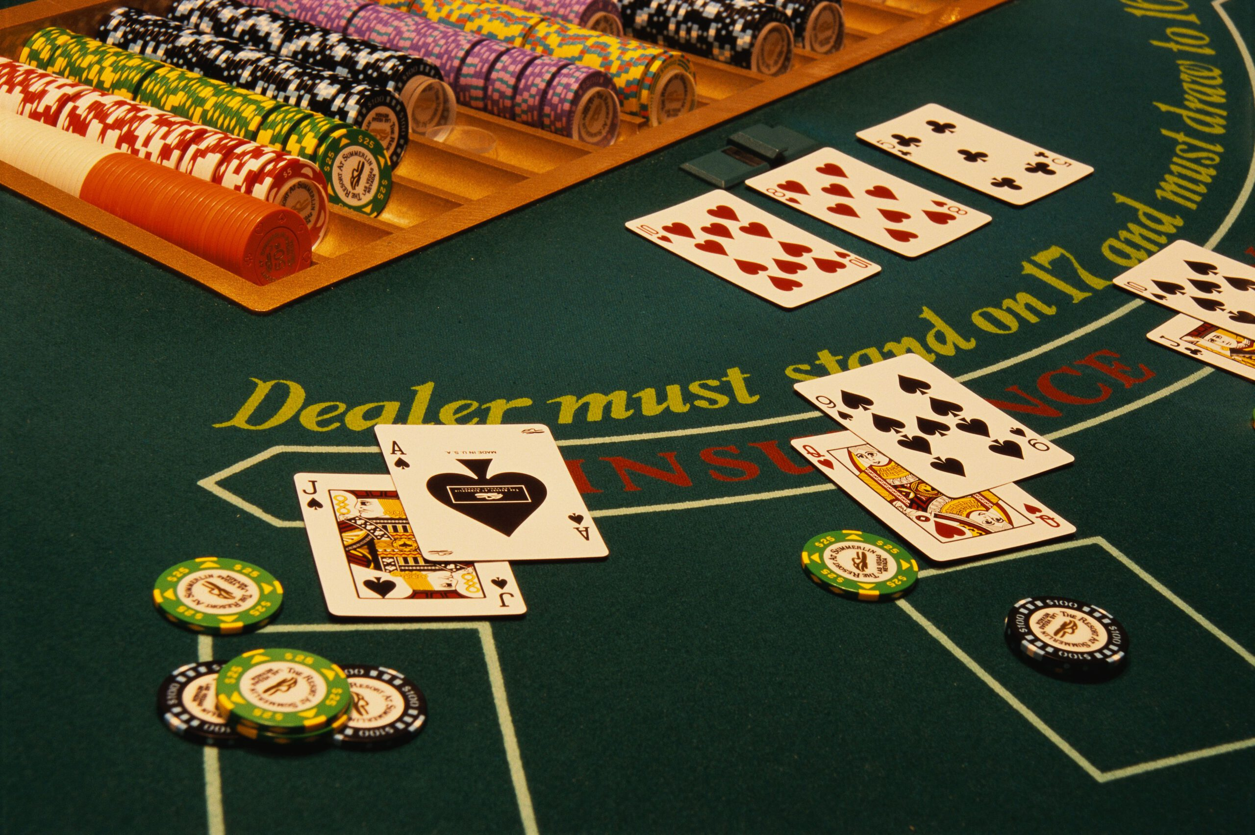 Play Casino Games with Mobile Technology