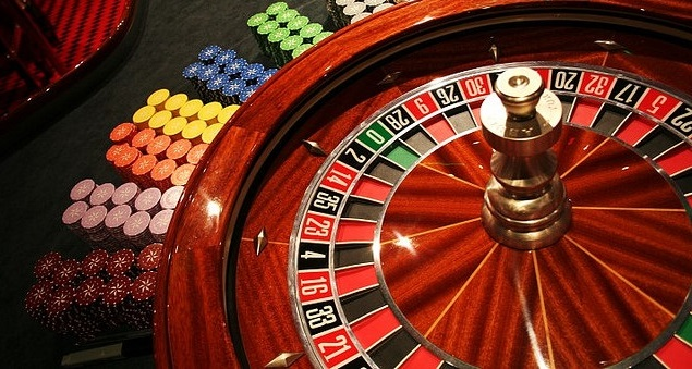 How Do Casinos Make Money?