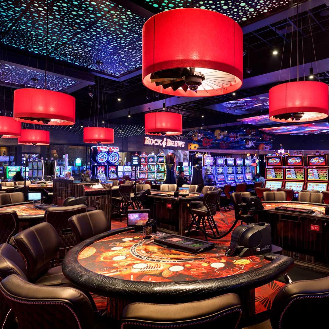 Live Dealer Online Casinos: Feel The Real Action!
