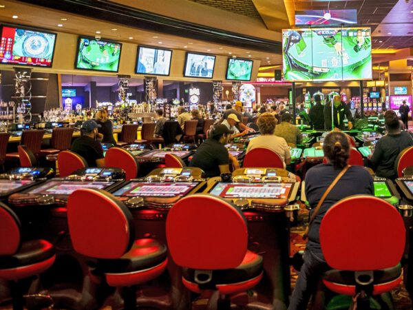 The Wonders Of Online Internet Gambling House On The Internet Programs