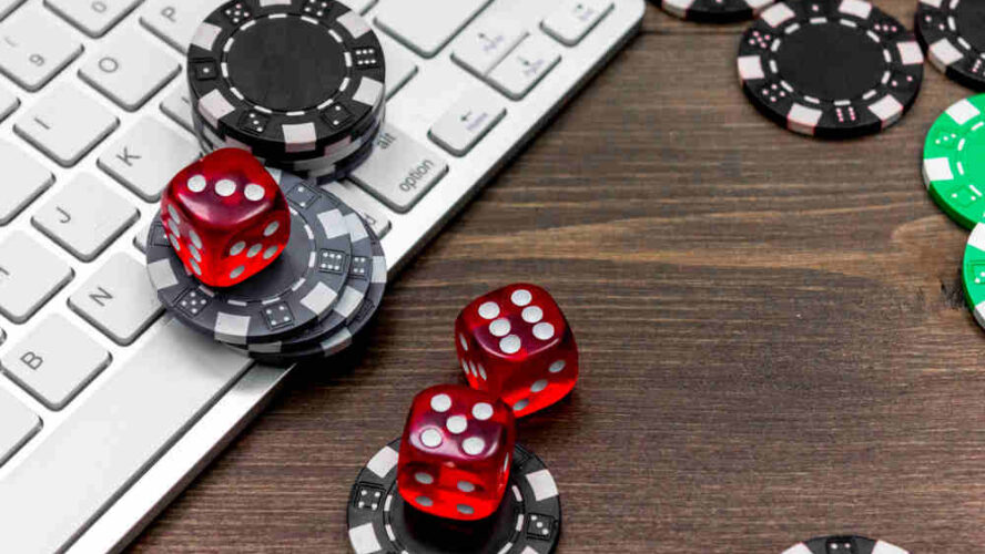 Oodles Of Advantages Of Playing At Top Online Casinos